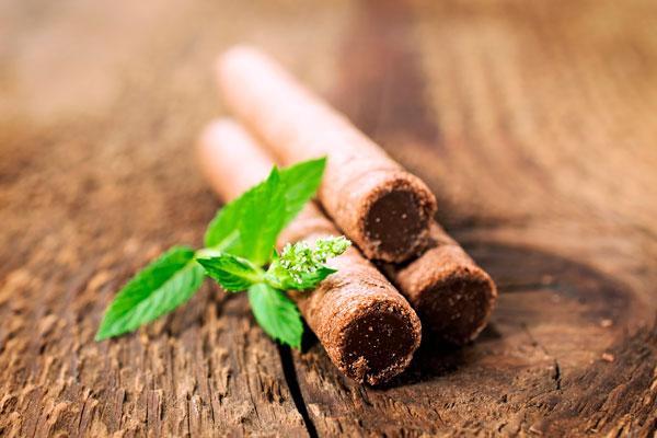 Wafer Rolls - Sfiziosi bastoncini di wafer croccanti e farciti con una golosa crema vellutata al cacao e nocciole